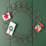 "15"" Spiral Wreath Greeting Card Holder"