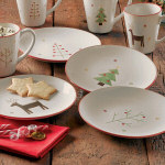 "8.5"" Woodland Christmas Appetizer Plates - set of"