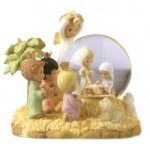 "3.25"" Precious Moments - Nativity Scene Snow Globe"